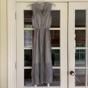 Dresses & Skirts - Gingham style Maxi Dress